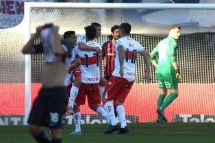 Morón dio el golpe y eliminó a San Lorenzo en los cuartos de final de la Copa Argentina