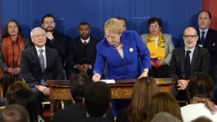 Bachelet presentó el proyecto que establece una nueva ley de migraciones