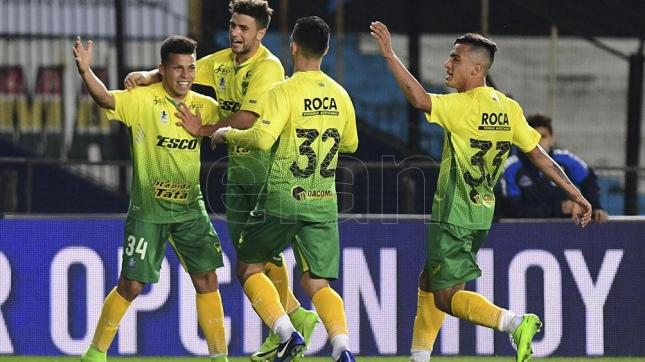 Colón y Defensa animan la mañana de domingo por la Superliga