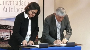 El gobierno firmó un convenio de cooperación con la Universidad de Antofagasta
