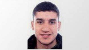El padre del atacante de Barcelona dice que nunca sospechó y culpa a la policía