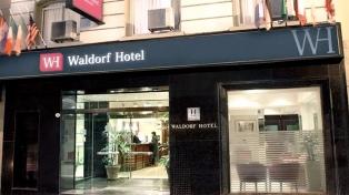 Allanan otra vez el hotel Waldorf, cuya propiedad se atribuye a Cristina Fernández de Kirchner