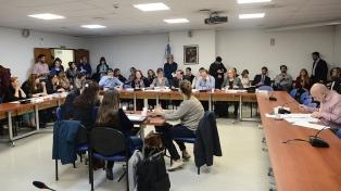Diputados analiza cambios al proyecto que regula la publicidad oficial