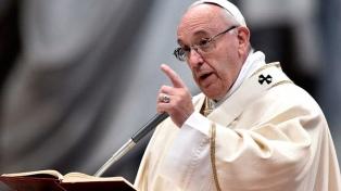El papa Francisco condenó la posesión de armas nucleares