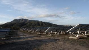 Incorporan al sistema eléctrico la producción de un parque solar