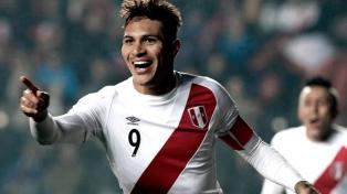 Paolo Guerrero se sumará antes a la selección peruana