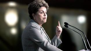 Para Rousseff, la crisis en Venezuela puede terminar en una guerra civil