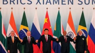 """China anuncia inversiones para el bloque de Brics en el inicio de una """"nueva década dorada"""""""