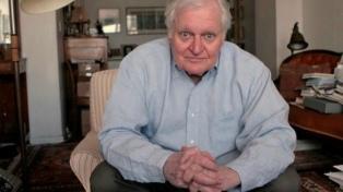 A los 90 años murió el poeta estadounidense John Ashbery