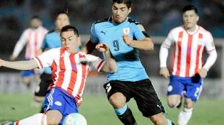 Uruguay superó a Paraguay y quedó al borde de la clasificación