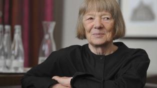 """Candida Höfer: """"Fue un honor fotografiar la Biblioteca que dirigió Borges"""""""