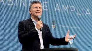 Macri y ministros de su Gabinete saludaron a los maestros en su día a través de Twitter