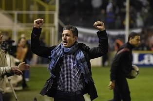Patronato de Paraná le renovará el contrato a Mario Sciacqua