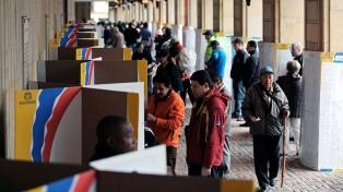 La autoridad electoral dice que su página está lenta por muchas consultas y algún ciberataque