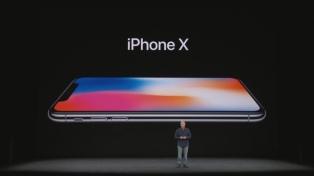 Apple presentó su iPhone X, un smartphone casi sin marcos y sin botón de inicio