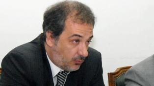 Presentó la renuncia el fiscal de San Isidro acusado de llevarse 8.000 dólares de la escena de un crimen