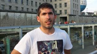 """Bruno Bimbi: """"De todas las cosas que nos robaron a los gays, la adolescencia es la más injusta"""""""