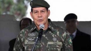 Un general reivindicó la dictadura y defendió una posible intervención militar para la crisis