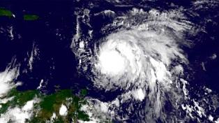 El ojo del huracán María ya alcanzó la isla puertorriqueña de Vieques