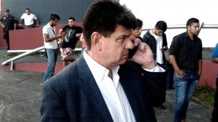 Alegre reafirmó que no reconocerá el triunfo oficialista y habla de fraude