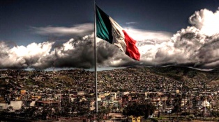 Famosos se solidarizan con México tras el terremoto