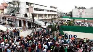 Rescatan el cuerpo de una maestra en el Colegio Rébsamen