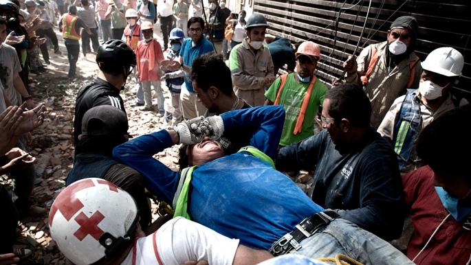 Al menos 217 muertos por el terremoto