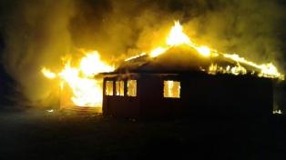 Tres iglesias fueron incendiadas en la región de la Araucanía