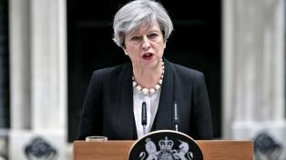 Theresa May hará cambios en su Gobierno el lunes, según la prensa