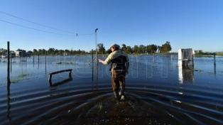 El 50% de los campos en el oeste bonaerense está bajo el agua
