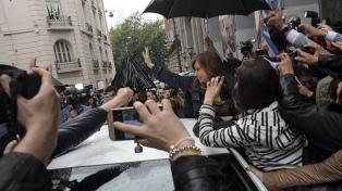 """Cristina Kirchner reiteró que el gobierno prepara un """"plan de ajuste"""""""