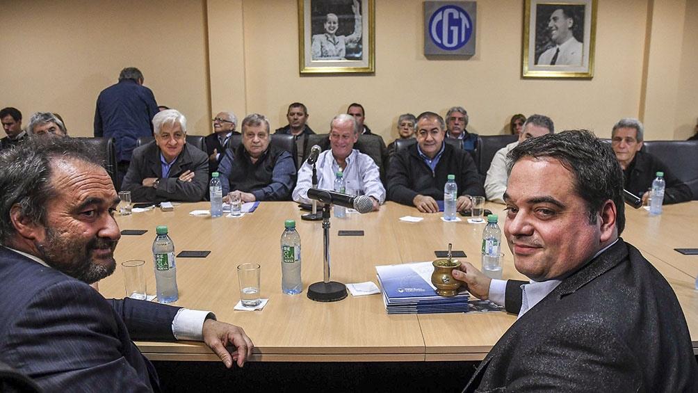 Catamarqueño viajó con la comitiva de sindicalistas que Triaca invitó a Europa