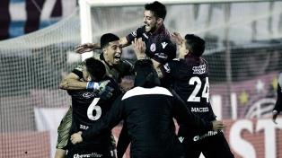 Lanús eliminó a San Lorenzo y jugará con River en las semifinales