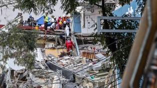 Ya suman 361 las víctimas del terremoto, mientas la capital reanuda sus actividades
