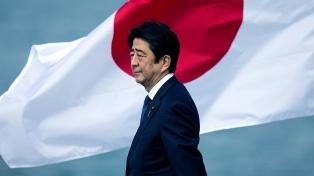 Adulteraron documentación para salvar a Abe de un escándalo de corrupción