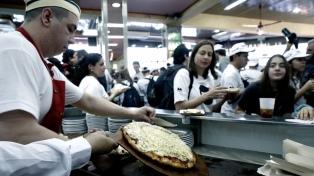 """Más de 130 locales del país celebran """"La Noche de las Pizzerías"""""""