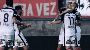 San Lorenzo venció a Estudiantes con holgura