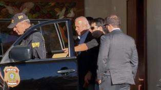 Dirceu, mano derecha de Lula, se entregó para cumplir una condena a 30 años