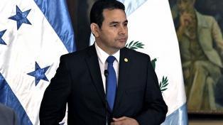 Morales viaja a Colombia para afianzar la relación con Santos