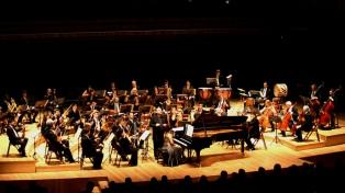 La Orquesta Juan de Dios Filiberto celebró el centenario del tango canción