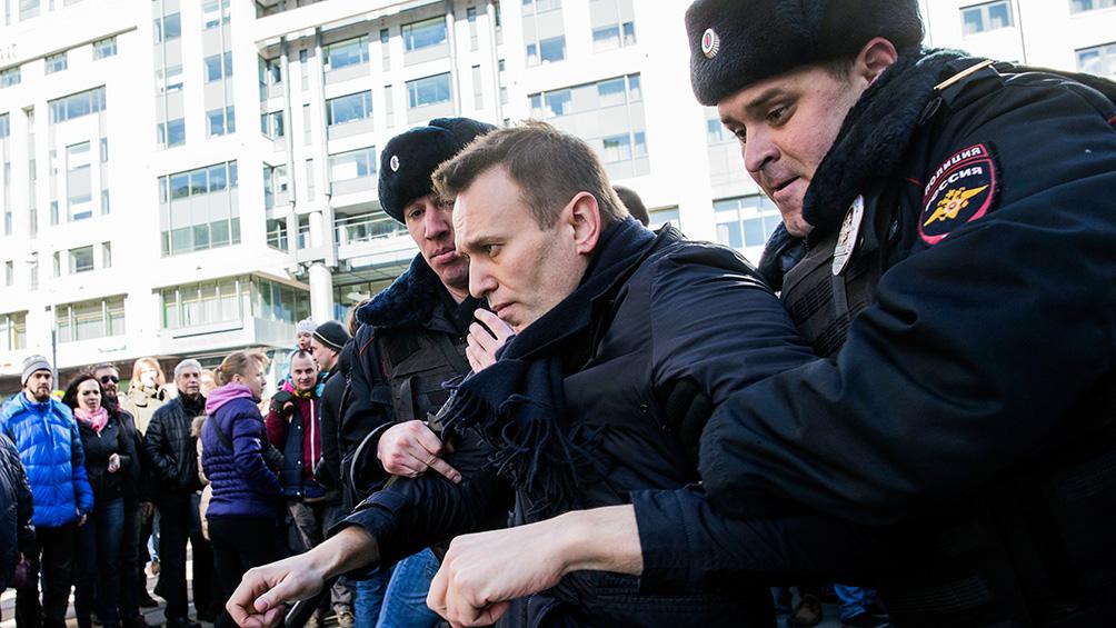 El opositor Navalni, de nuevo en libertad tras unas horas de demora