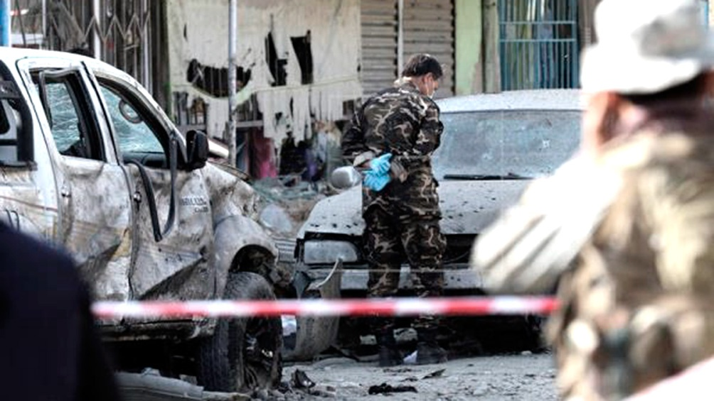 Al menos seis muertos en un atentado suicida en Kabul