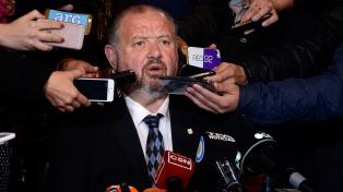 El rector dijo que por el momento no se tomarán medidas contra el presunto abusador