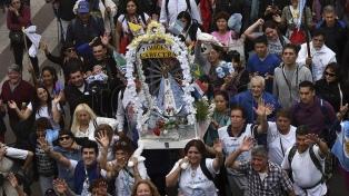 Miles de fieles participan de la Peregrinación a Luján