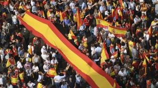 Masiva marcha contra la independencia catalana en Barcelona