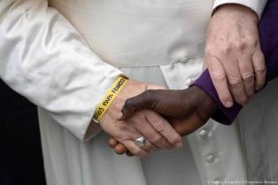 """Francisco pidió """"que más países abran corredores humanitarios"""" para migrantes"""
