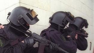 Un atacante suicida atentó contra una sede del servicio secreto