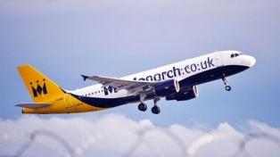 Más de 110.000 pasajeros se encuentran varados por la quiebra de una compañía low cost