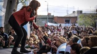 Cristina Kirchner encabeza un acto en Malvinas Argentinas