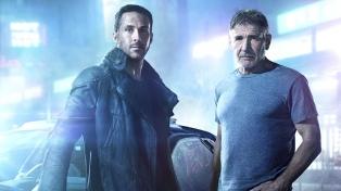 """""""Blade Runner 2049"""" renueva con éxito las virtudes del clásico de ciencia ficción de 1982"""